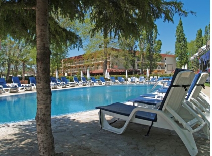 https://www.adriatic-travel.com.ua/UserFiles/tour_hotel/136881641651967b2026f28-420x420.jpg