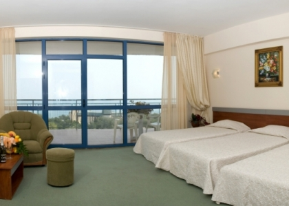 https://www.adriatic-travel.com.ua/UserFiles/tour_hotel/145945010456fd70f865ab6-420x420.jpg